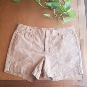 The north face womens tan shorts size 14